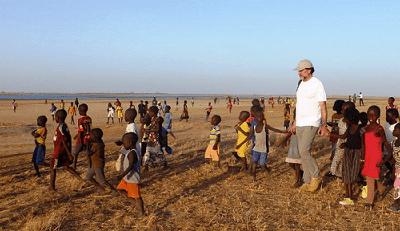 Campamentos Solidarios y Prosalus…»yo siempre contesto que el ayudado he sido yo»